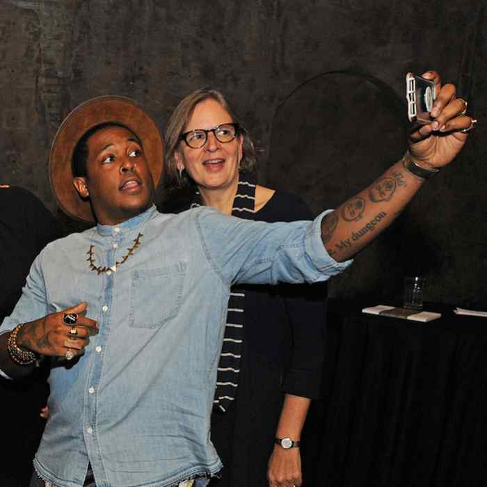 Danez Smith taking a selfie with Fiona McCrae